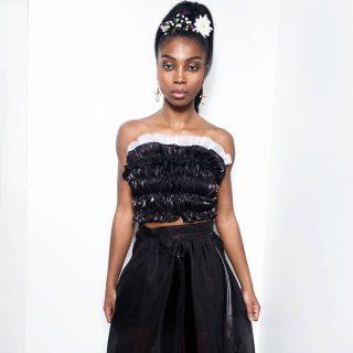 💥 Notre ensemble Keshia O Tougban. Notre collection capsule Konou. #madeinafrica  #handmade   💥 Disponible sur notre site : 👆 lien en bio 👆  💥 Sur mesure et personnalisation disponibles. . . . . . . . . . . . . . . . . . . . Modèle : @chimel.mp  Make-up : @katzeup Direction artistique : @anzparis  Photo : @steevejohaness  Merci @chimel.mp  Merci @katzeup  Merci @angelaanz  . . . . . . . . . . . . . . . . . . . . . #tougban  #betougban  #tougbanandco  #ensemblejupe #tenuedesoirée #fashionaddict  #styleblogger  #styleethniquechic  #pretaporter