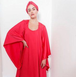❤ Notre robe Buchi Notre collection capsule Tougban.  #madeinafrica #handmade  . . ❤ Disponible sur notre site : 👆 Lien en bio . . ❤ Sur mesure et personnalisation disponibles en pré commande. . . . . . . . Modèle : @sarahokendo2.0  Make-up : @katzeup  Direction artistique : @anzparis  Photo : @steevejohaness Direction  Merci @sarahokendo2.0 Merci @katzeup  Merci  @angelaanz  . . . . . . . . . . . . #tougban  #betougban  #tougbanandco#parismaville #robeethnique  #modeethniquechic